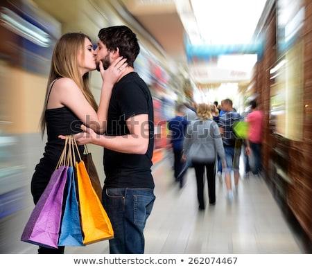 Zoenen mall liefde vrouwen gelukkig Stockfoto © Minervastock