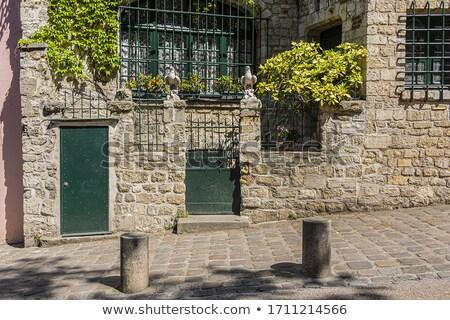 Festői ház Montmartre domb Párizs ablak Stock fotó © artjazz