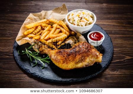 焼き鳥 脚 フライドポテト サラダ 食品 表 ストックフォト © M-studio