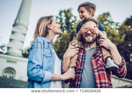 Foto stock: Caucásico · familia · mamá · papá · ninos · mujer · embarazada