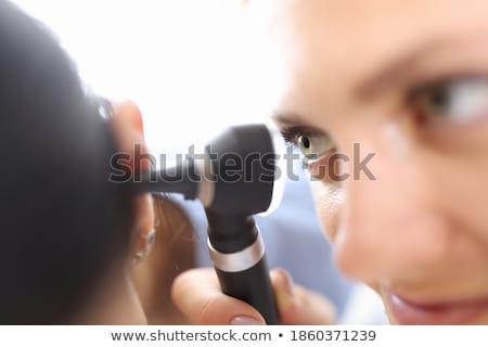 oor · ontsteking · jonge · vrouw · aanraken · meisje · gezicht - stockfoto © tashatuvango
