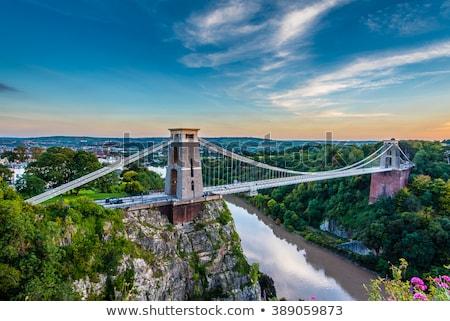 puente · colgante · mundo · famoso · paisaje · puente · industrial - foto stock © pixelmemoirs