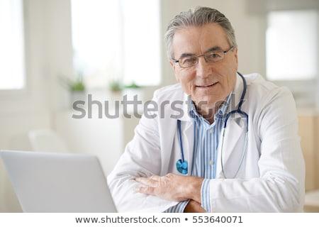 idős · orvos · fiú · női · gyermekorvos · játszik - stock fotó © photography33