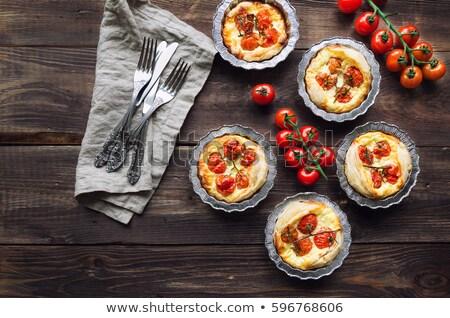 tomate · cherry · tarta · negro · mesa · tomate · cereza - foto stock © m-studio