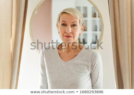 Seriamente sport isolato bianco donna Foto d'archivio © chesterf