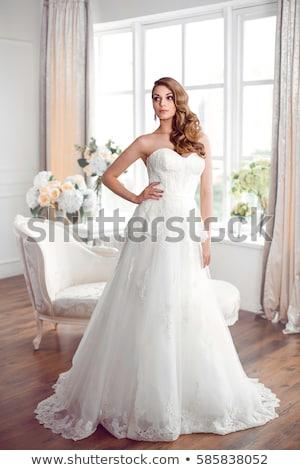 bastante · novia · rubio · pelo · mujer · posando - foto stock © amok