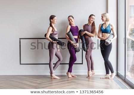 Dobrze muskularny opalony mężczyzna nude Zdjęcia stock © dash