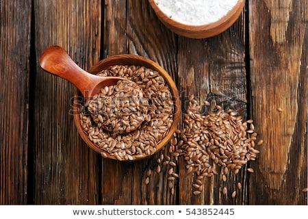 harina · cuchara · de · madera · tabla · de · cortar · madera · fondo · placa - foto stock © ildi
