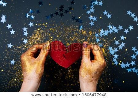 Corazón hoja roto ninas manos Foto stock © saje