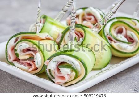 前菜 · チーズ · ハム · キュウリ · ライ麦 - ストックフォト © raphotos
