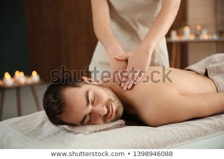 mujer · atractiva · hombro · masaje · spa · centro - foto stock © wavebreak_media