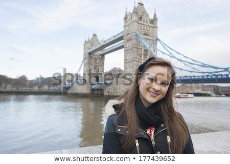 женщину Постоянный воды башни велосипедов глядя Сток-фото © compuinfoto