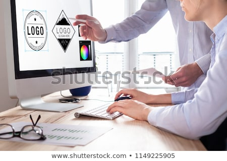 Homme graphique designer logiciels icônes papier Photo stock © stevanovicigor