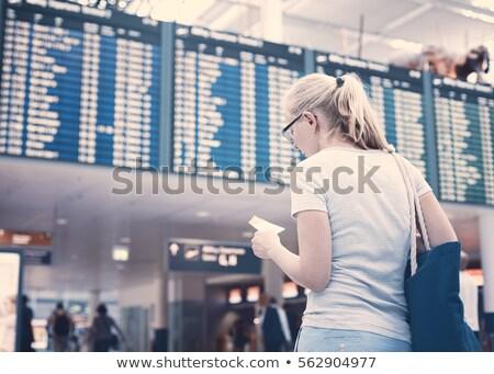 Femme regarder départ bord aéroport vecteur Photo stock © RAStudio