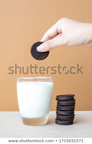 chocolate · bolinhos · cremoso · enchimento · comida · fundo - foto stock © nessokv