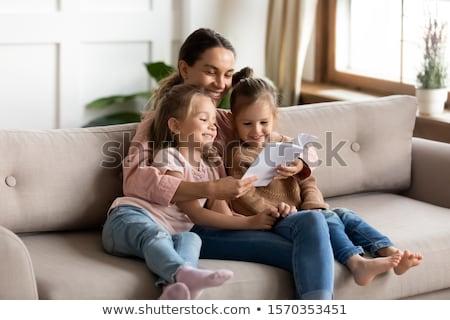 Lány anya szülő gyerekek vázlatos illusztráció Stock fotó © lenm