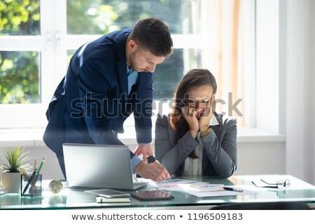 商人 圖表 傷心 女 僱員 商業照片 © AndreyPopov