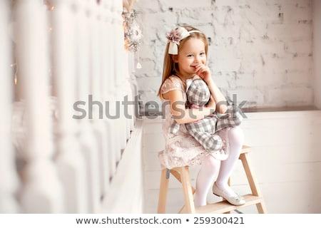 Stockfoto: Mooie · meisje · roze · vlinder · kostuum · geïsoleerd