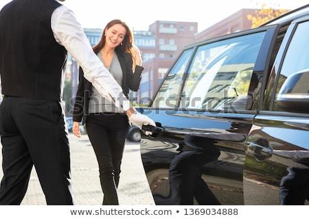 Gelukkig mannelijke opening auto deur parkeren Stockfoto © AndreyPopov