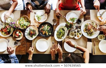 Mesa de jantar restaurante festa cadeira jantar garrafa Foto stock © ziprashantzi