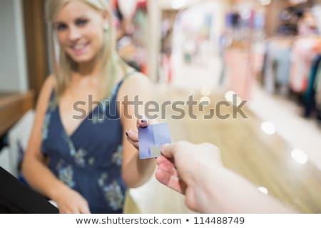 Stockfoto: Vrouw · creditcard · kleding · store · hand · glimlach