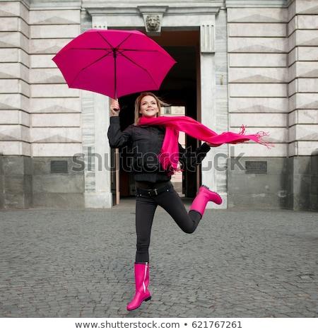 Donna rosa ombrello bruna abito bianco cosa Foto d'archivio © maros_b