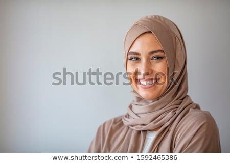 portret · jonge · vrouw · hoofddoek · vrouw · gelukkig · mode - stockfoto © elnur