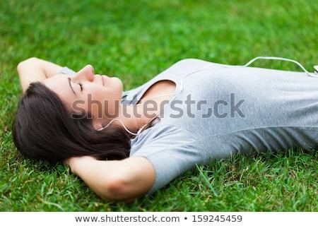 Femme détente parc joli souriant femme blonde Photo stock © stryjek