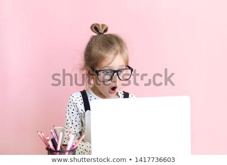 Meisje portret glimlachend geïsoleerd witte meisje Stockfoto © iko