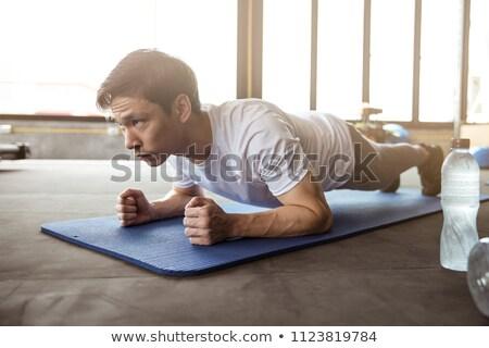 筋肉の 男 crossfitの 訓練 スポーツ クラブ ストックフォト © Yatsenko