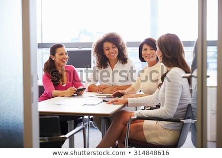 деловой женщины конференц-зал женщину служба таблице очки Сток-фото © IS2