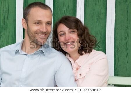 Vrouw man zoenen park hut venster Stockfoto © IS2