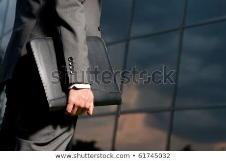 Hombre negocios traje maletín mano color Foto stock © pikepicture