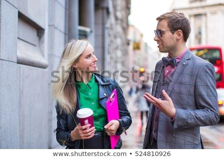 man · vrouw · praten · paar · oogcontact · gelukkig - stockfoto © iofoto
