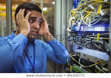 Técnico servidor manutenção quarto mulher Foto stock © wavebreak_media