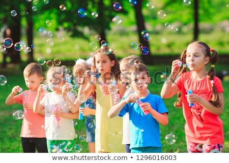 Stockfoto: Kinderen · outdoor · activiteit · illustratie · stad · natuur