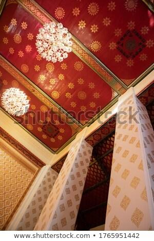 Tradicional ouro padrão teto velho templo Foto stock © pzaxe