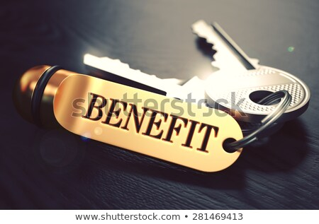 Beneficiar claves dorado negro mesa de madera primer plano Foto stock © tashatuvango