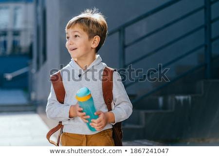 Jeden mały chłopca spaceru wody stóp Zdjęcia stock © Klinker