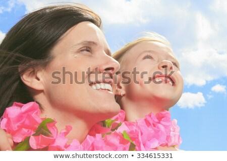 Moeder dochter roze ketting vrouw familie Stockfoto © Lopolo
