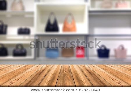 女性 · 表示 · 服 · 購入 - ストックフォト © lubavnel