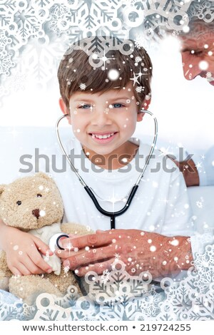 férfi · orvos · megvizsgál · fiú · beteg · férfi · gyermek - stock fotó © wavebreak_media