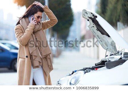 Stok fotoğraf: Başarısız · oldu · motor · kadın · öfkeli · oturma · kırık · araba
