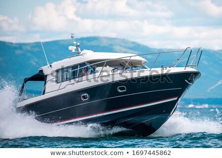 Motor · яхта · большой · воды · вид · сбоку · изолированный - Сток-фото © angelp