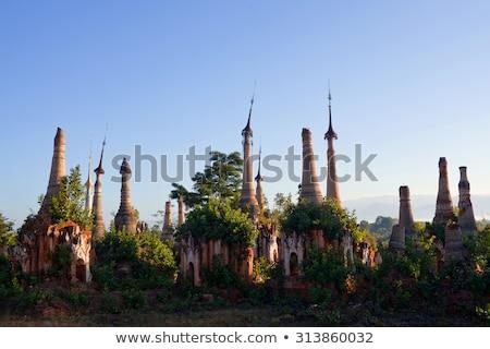 Posada templo complejo Myanmar panorama lago Foto stock © Mikko