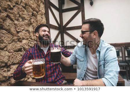Photo stock: Deux · hommes · potable · bière · illustration · fête · homme