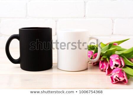 Сток-фото: черный · кофе · кружка · пурпурный · розовый · тюльпаны