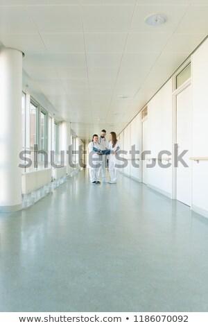 lekarzy · stałego · szpitala · korytarz · lekarza · grupy - zdjęcia stock © kzenon