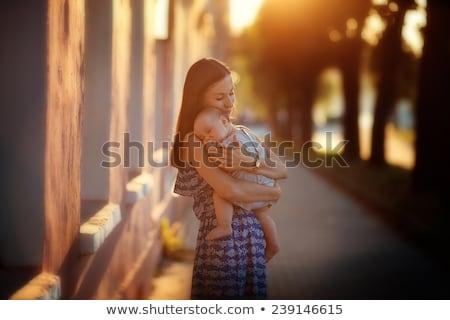 小さな · 母親 · 娘 · 徒歩 · ママ - ストックフォト © ElenaBatkova