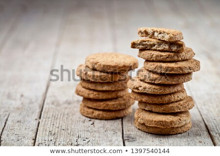 Kettő friss sült zab sütik rusztikus Stock fotó © marylooo